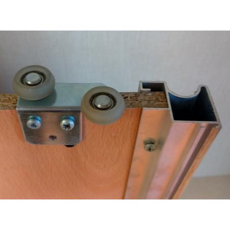 Rueda superior con goma 2 unidades incluídas en cada kit vista trasera