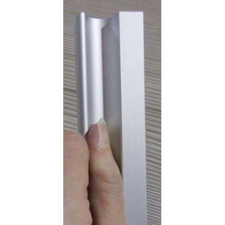 Tirador Fo 10mm para puerta de armario vista frontal